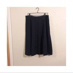 Susan Graver black floral detail skirt size L